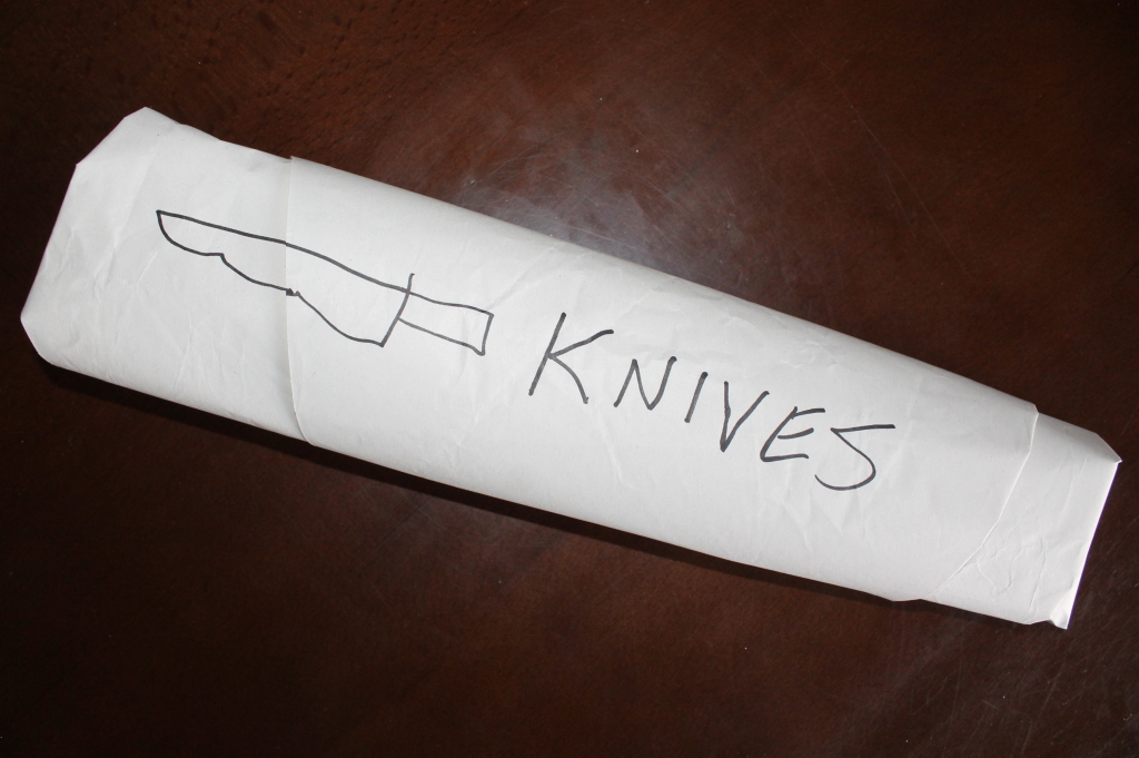How do I pack knives safely - step 4, tape and label