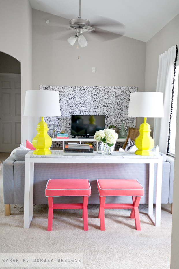 Living Room Wall Panel Design: 7 Temporary Decorating Tips For Renters