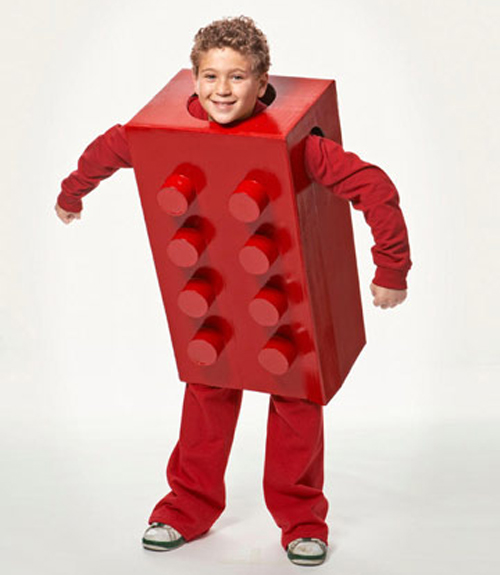 DIY Halloween Costumes - Lego  sc 1 st  The HireAHelper Blog & DIY Halloween Costumes from Cardboard Moving Boxes