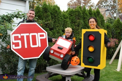 DIY Family Halloween Costumes - Street Signs Intersection