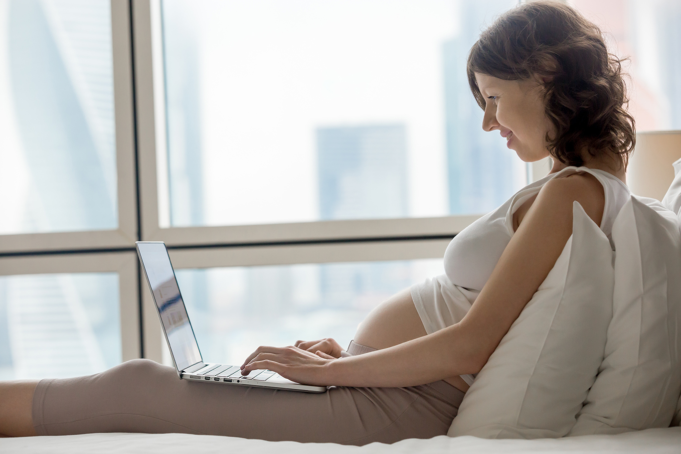 Moving While Pregnant Tip - Plan on Working