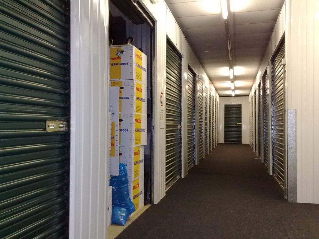 how big should my storage unit be